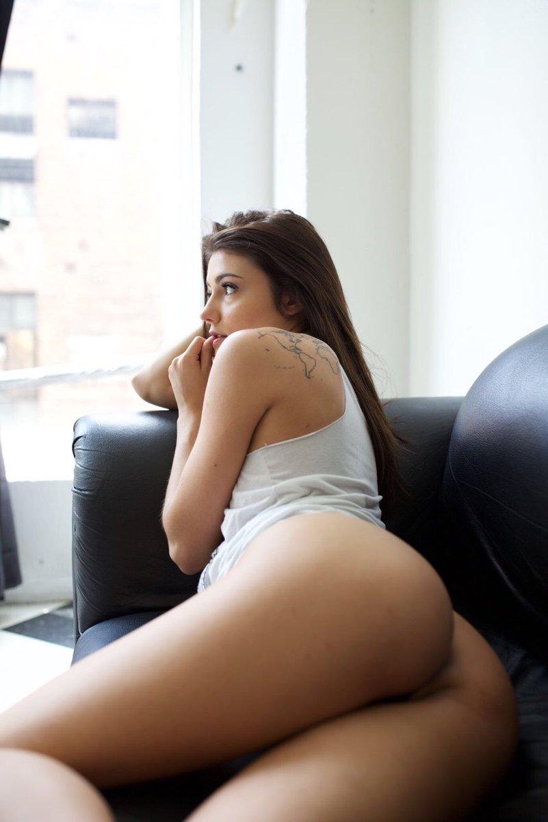 Adria Rae Nude
