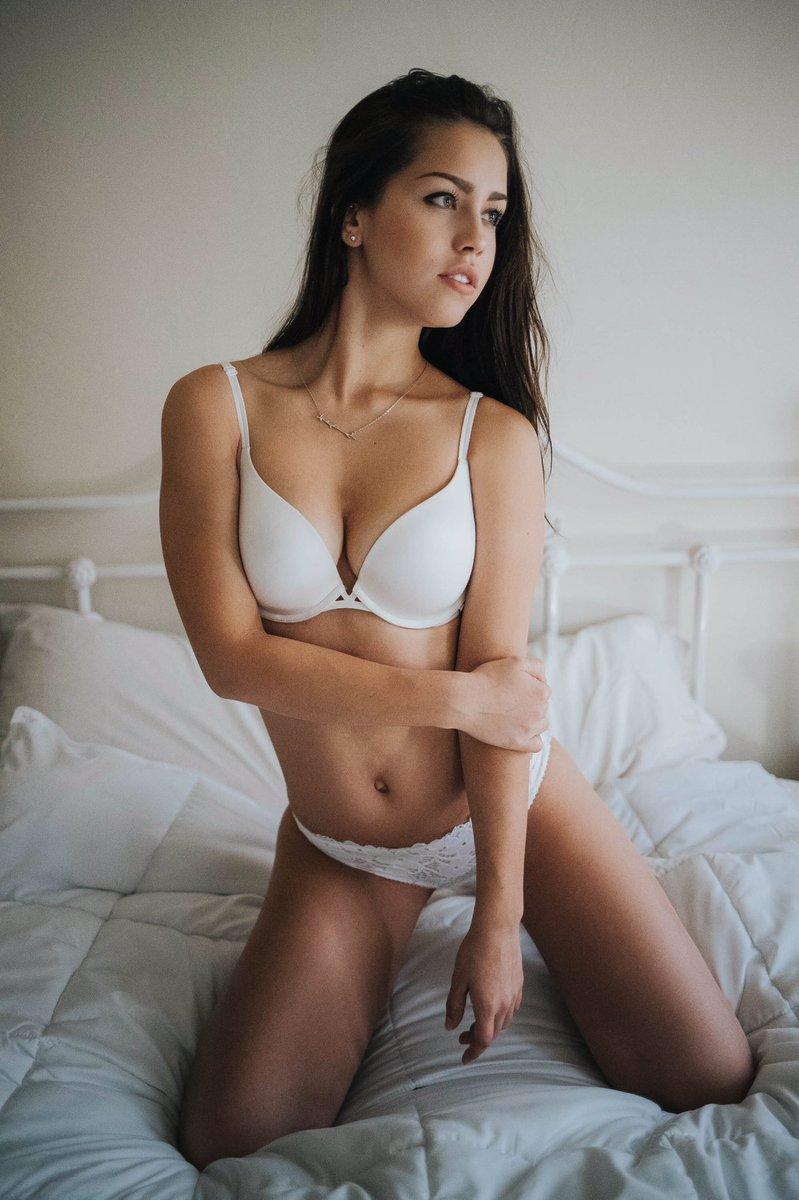 [Image: Alina-Lopez-topless-naked-nude_1.jpg]