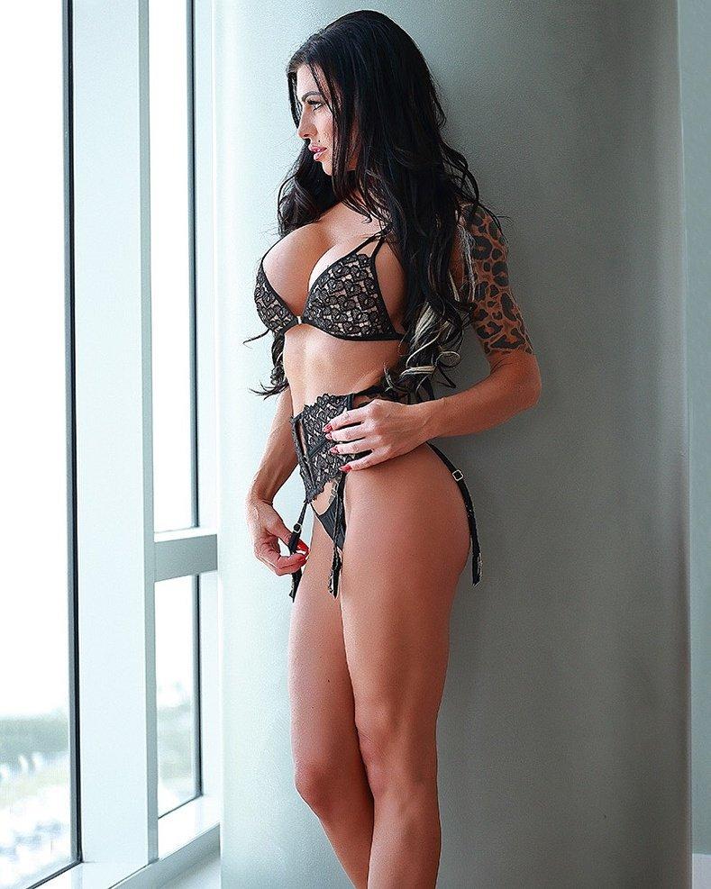[Image: Melissa-Lynn-topless-naked-nude_11.jpg]
