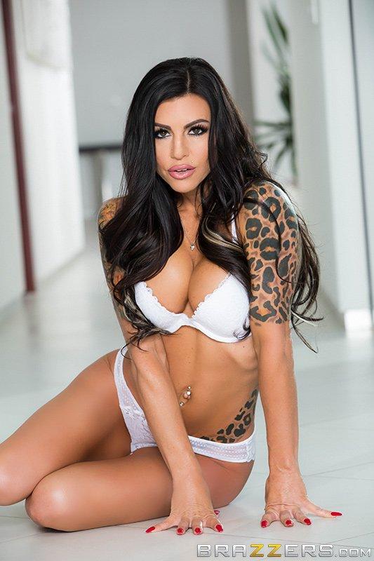[Image: Melissa-Lynn-topless-naked-nude_5.jpg]
