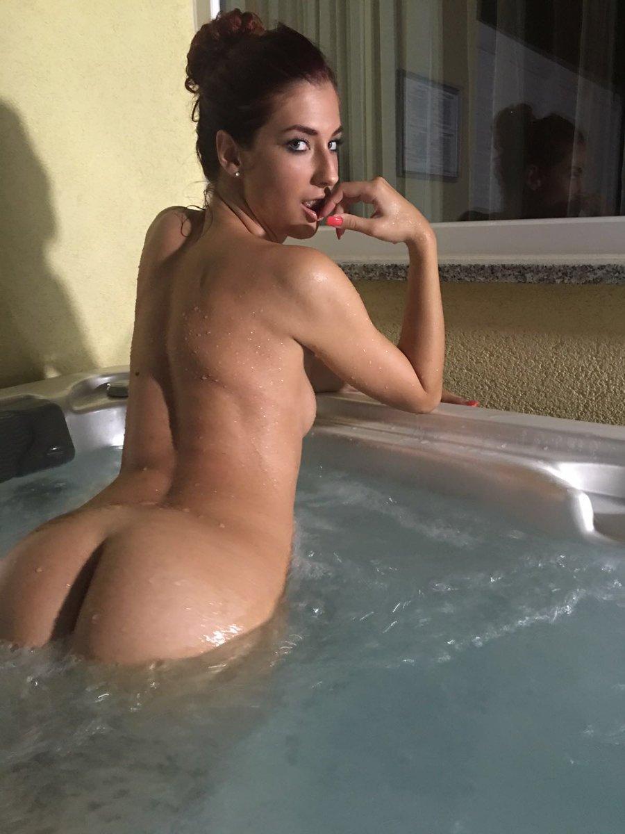 shona river nude