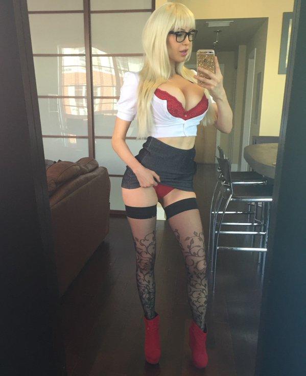 Big tits at work free porn
