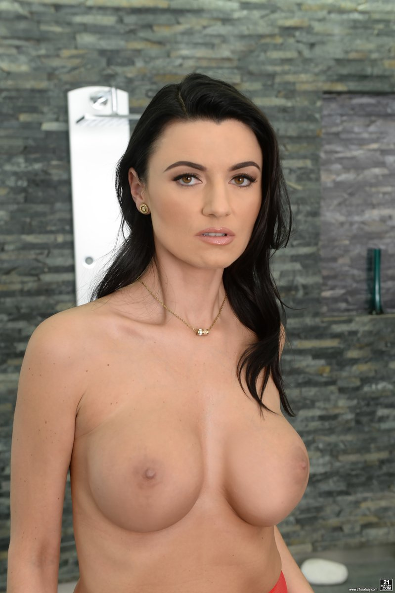 Ania Naked rampant.tv - babe of the day: ania kinski