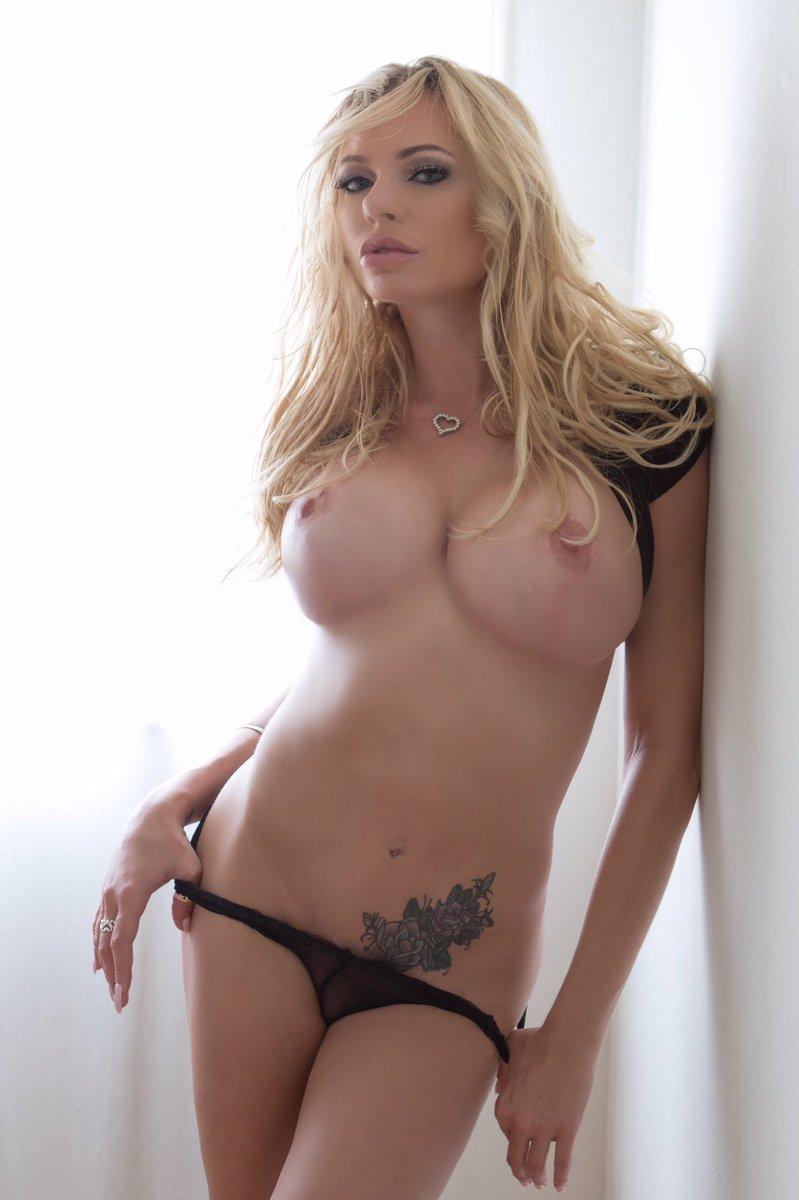 Banks naked briana