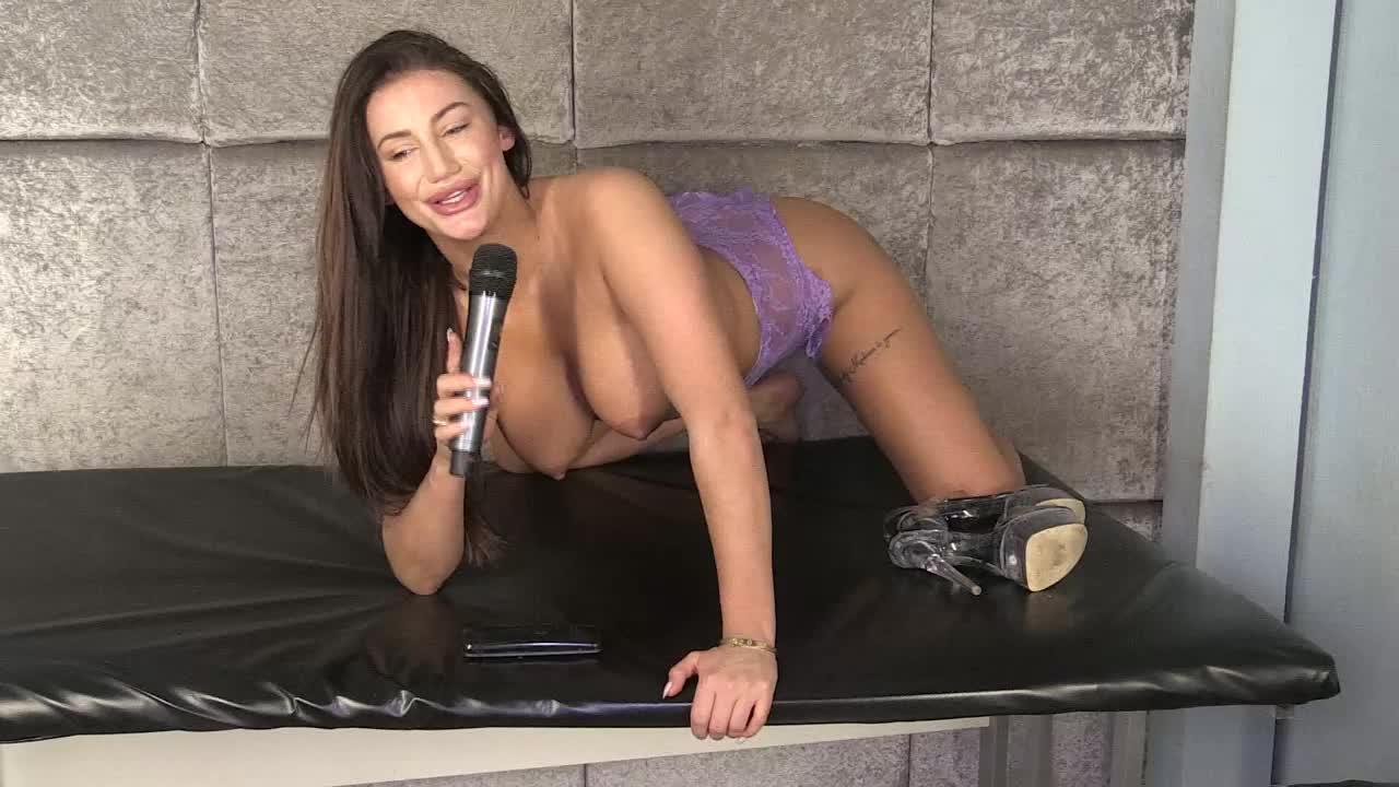 Bella Mendez